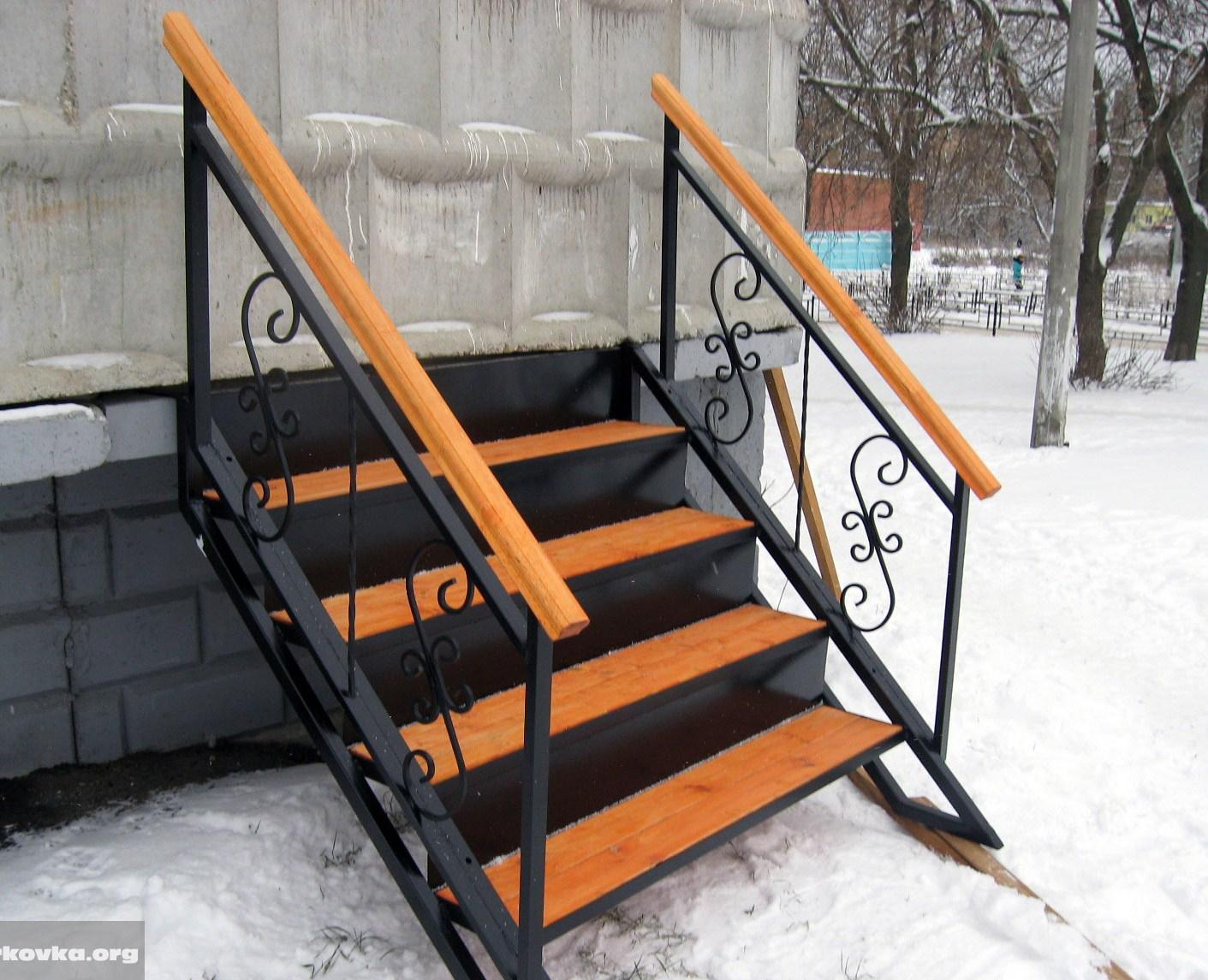 Лестница из профильной трубы своими руками фото чертежи